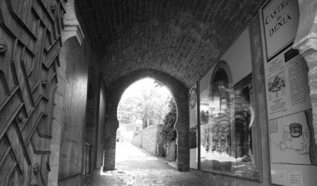 El Fossar de la Vila, un viatge a la mort a Dénia durant l'Edat Mitjana