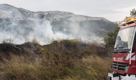 Segundo incendio del día en Dénia: arde el Bosc de Diana