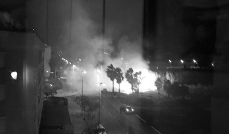 Incendio junto al casco urbano de Dénia