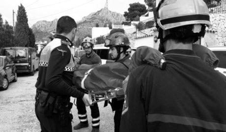 Rescatan a una mujer que cayó de 5 metros de altura en el Morro de Toix en Calp