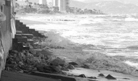 Mínimas de 5 grados, viento y un nuevo temporal que ya afecta a casas de les Marines en Dénia