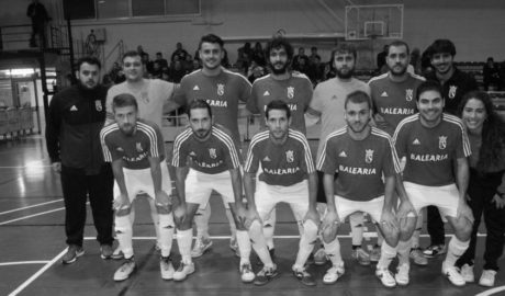 Gema Estrela se reúne con la plantilla del Dénia Futsal en un último intento de acuerdo