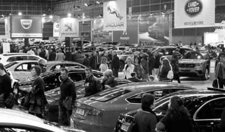 Multitudinaria Feria del Automóvil en València