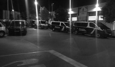 La Policia pren el camp del Calp CF i deté a diversos jugadors per no tindre papers