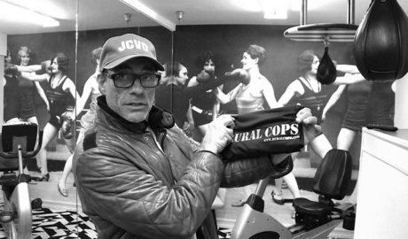 El actor Jean Claude van Damme hace campaña por 'Rural Cops', la película grabada en Benitatxell