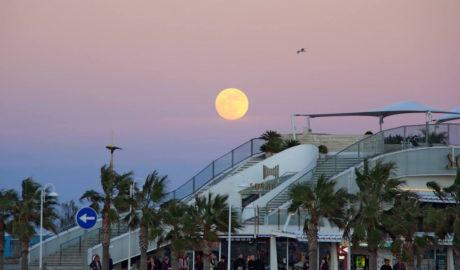 [LA FOTO EN LA RED] Primera luna llena del año sobre la Marina Alta