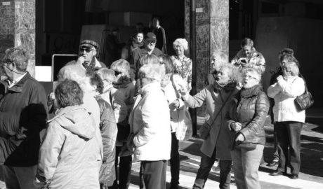 Los jubilados de la Marina Alta, en pie de guerra contra la «miserable» subida de las pensiones