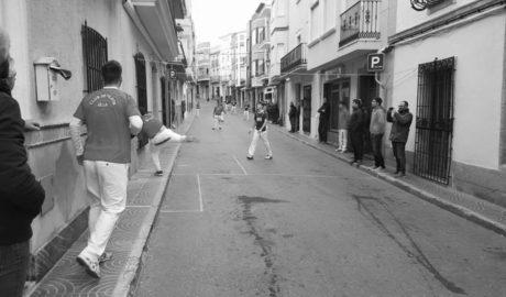 Benitatxell, capital de la pilota con la Supercopa de perxa que se lleva Sella