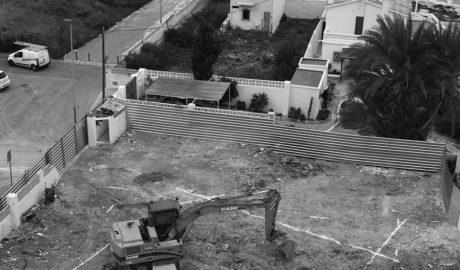 ACEC envía a la Guardia Civil fotos de los últimos movimientos de tierra en las Casas Neptuno de Calp