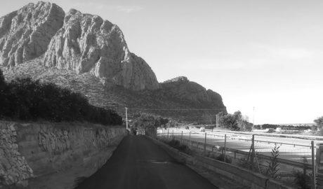 Nueva fase del plan municipal de asfaltado de caminos rurales en Ondara