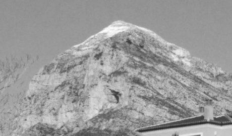 La neu torna al Montgó 48 hores després