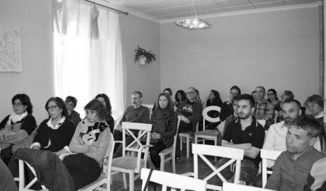 L'alcalde de Xàbia convoca els comerciants del centre històric per debatre propostes