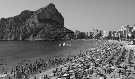 Calp gastará 15.000 euros al año para que una empresa 'monitorice' su ocupación turística