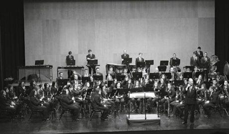 El público conecta con la música de la Agrupación Musical Cultural de Teulada en el Auditori