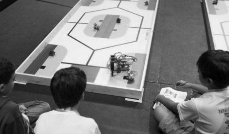 Diverbot prepara els xiquets de Dénia per a l'Olimpíada Mundial de Robòtica