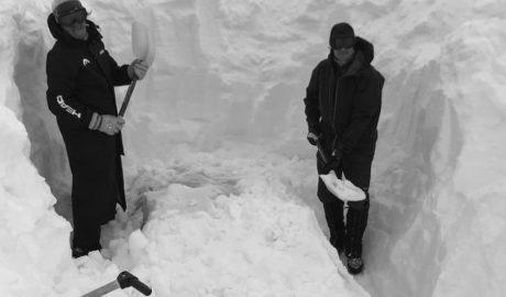 Unos cincuenta alumnos del IES Chabàs de Dénia, atrapados en Sierra Nevada por la nieve